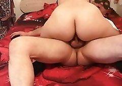 I use my pussy to make my husband cum