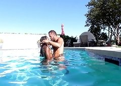 Outdoor fucking session with hot black chick Anna Foxx