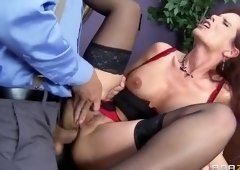 Cute buxomy mom Syren DeMer likes good anal sex
