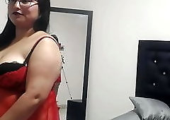 Cam Girls - Fat belly latina being naughty