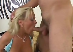 Bree Olson has a blast while being shagged up her anus