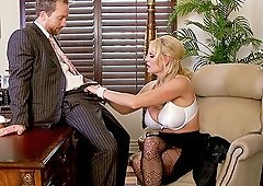 Kelly Madison is a cock craving babe who wants to fuck