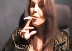 Sandy Yardish pack of mall pall cigarettes Elizabeth sent me