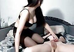Sucking in tights