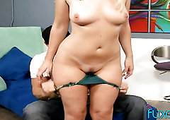 Dutch blonde PAWG is all natural and she loves being eaten out