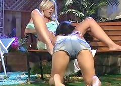 Asa Akira with Darcy Tyler play on the bench