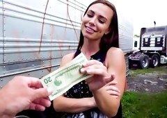 Girl enjoys cash for a nice session of outdoor POV sex