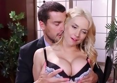 Blonde secretary likes casual sex adventures