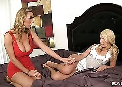 Quite bootylicious lady Tanya Tate is happy to enjoy some scissoring
