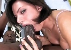 Cute dusky Juelz Ventura is giveing a friendly blowjob