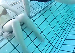 girl bikini very sexy open legs underwater pool