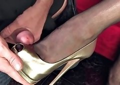 worship high heeled goddess