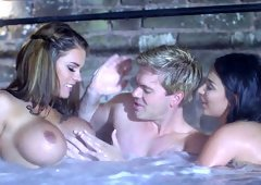 First-class threesome with seductive young ladies