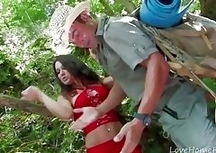 How To Survive A Babe In The Jungle.mp4