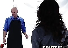 Brazzers - Dirty Masseur - Capri Cavanni and Johnny Sins -