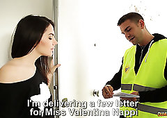 Perfect curvy sexpot Valentina Nappi lures worker to ride his fat prick